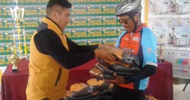 donacion-equipo-a-ciclismo