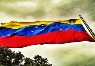 Gobierno y oposición de Venezuela acuerdan mesa de diálogo permanente