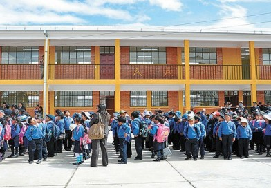 Educación ratifica suspensión de labores escolares en La Paz