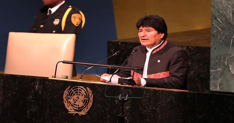 """Morales dice que EEUU continúa con el """"diablo en casa"""" y que la ONU aún huele a azufre"""
