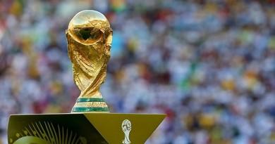 Uruguay golea 4-2 a Bolivia y clasifica al Mundial