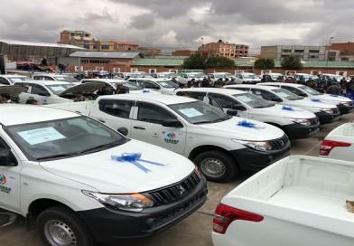 Dinafron entrega 20 vehículos indocumentados a la Aduana Nacional
