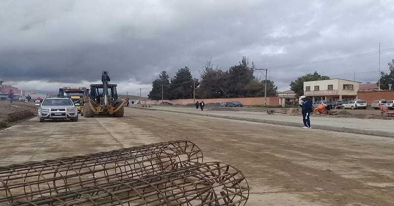 Gobierno nacional garantiza financiamiento total para doble vía a Viacha