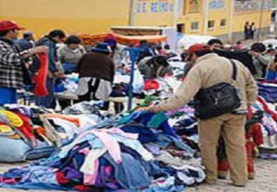 Comerciantes de prenda usada declaran cuarto intermedio en sus movilizaciones