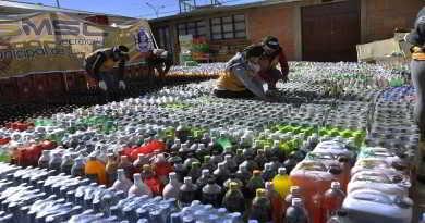 DESTUCCION DE BEBIDAS ALCOHOLICAS QUE FUERON DECOMISADAS POR LA INTENDENCIA (5)