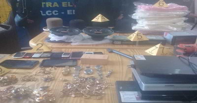 Policía captura un antisocial y recupera objetivos robados