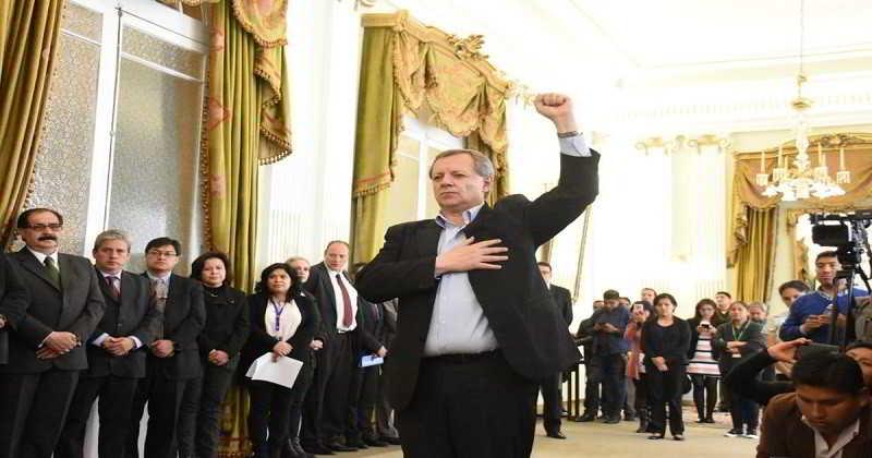 """Gonzales jura como Embajador ante la OEA con la premisa de ser """"activista"""" de la demanda marítima"""