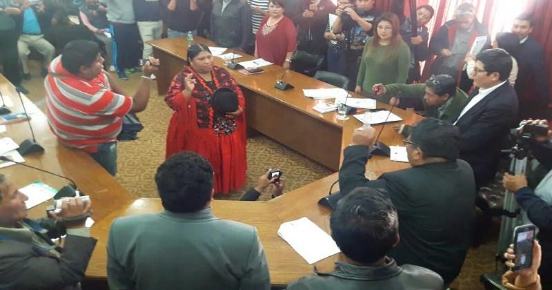 Poseción de Rebeca Cruz-Concejo Municipal