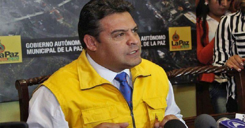 Revilla pide a líderes políticos y sindicales pacificar el país y evitar más decesos