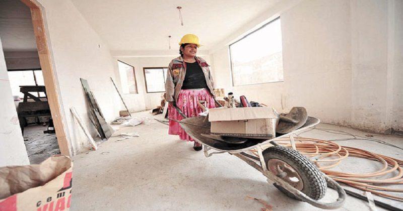 El 82% de los hogares monoparentales en Bolivia está a cargo de la mujer