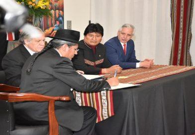 Bolivia y OEA firman acuerdo que garantiza trabajo de misión de observación para comicios de octubre