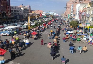 Distrito 7 declara bloqueo de carretera a Copacabana pese a que Alcaldía remitió el POA ajustado II al Concejo