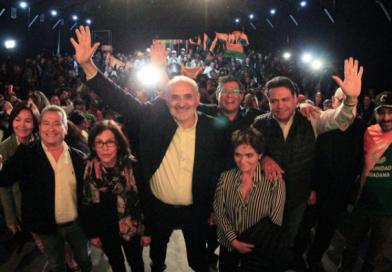 Carlos Mesa celebra segunda vuelta y convoca a los bolivianos a la unidad para segunda vuelta