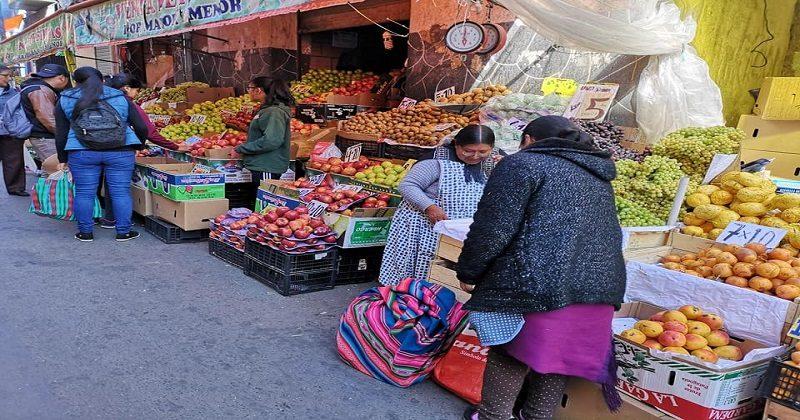 Gobierno extrema esfuerzos para abastecer de alimentos a la población