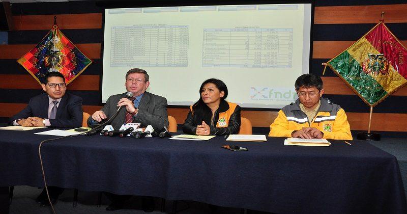 Alcaldía de El Alto suscribe contrato con el FNDR para la ejecución de 535 proyectos