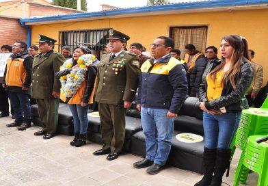 Chapetón entrega mobiliario y ambientes a la FELCC