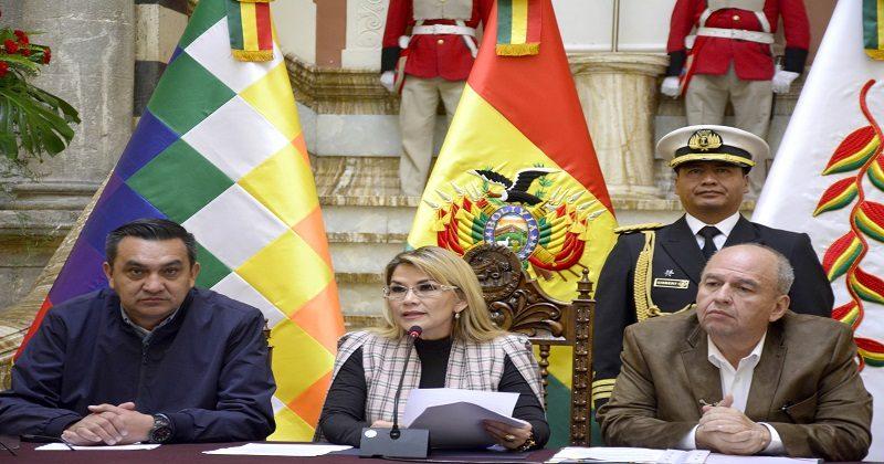 Presidenta Áñez pide al Legislativo modificar la Ley 1173 en el menor tiempo posible porque beneficia a agresores y criminales