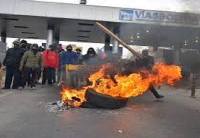 FELCC investiga uso de armas en Cochabamba y destrozos al ornato público en El Alto