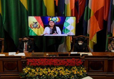 En el aniversario de Bolivia, Presidenta de la ALP llama a la unidad, la paz y el diálogo
