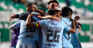 Bolívar golea 5-0 al uruguayo Wanderers y pasa a tercera fase de Libertadores