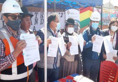 Municipio firma convenio con Laja y Gobierno para mejorar la planta de Puchukollo