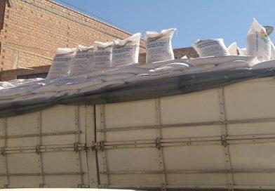 Emapa entrega afrecho de trigo a los productores lecheros de La Paz