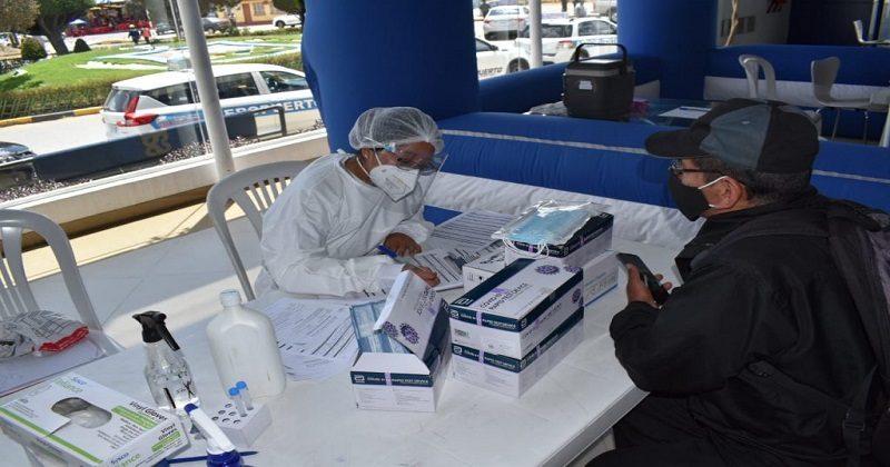 Instalan puntos de vacunación contra el Covid-19 en los aeropuertos del eje troncal del país